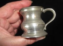 ANTIQUE PEWTER TANKARD MEASURE STAMPED 20 SMALL SIZE 1/2 OF GILL ?